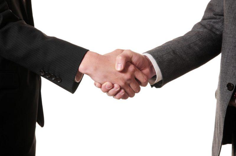 handshake2-s