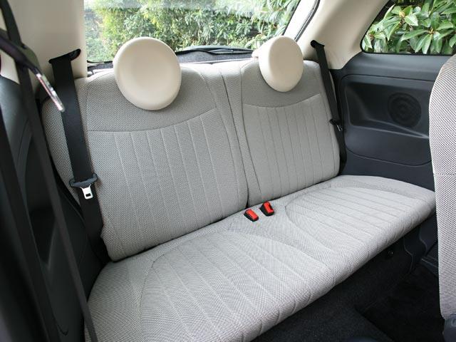500-rear-seat