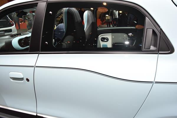 Renault-twingo-11-s