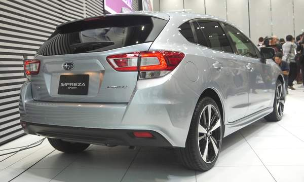 new-impreza-rear-cut