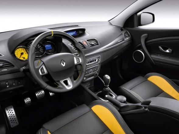 renault-megane-rs-yellow-interior